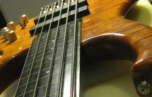 Bedini - Strumenti Musicali - Liutaio a Modena Ferrara e Rovigo - Corde-5-1024x460-500x320 Riparazioni